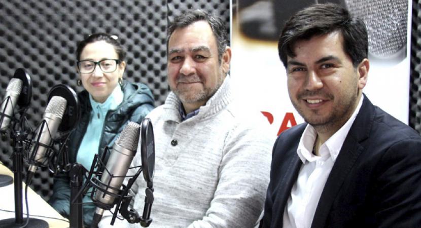 Más de 40 mil jóvenes chilenos están viajando al exterior