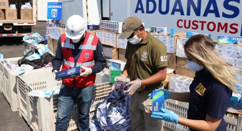 Personal de Aduanas, en conjunto con PDI y Carabineros lograron la incautación de 159 mil cajetillas de cigarrillos en controles de rutas