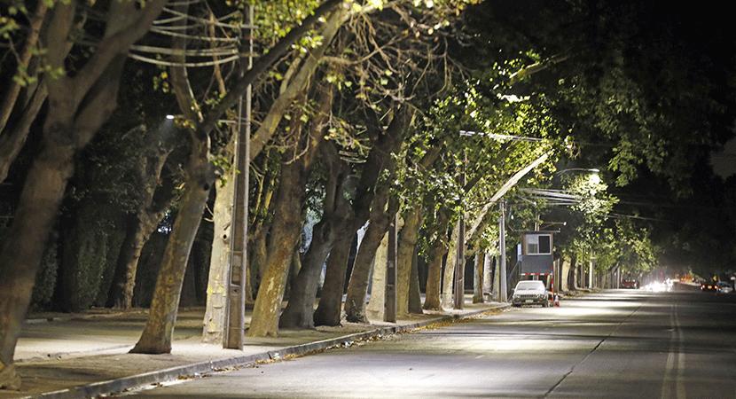 Las calles aledañas al Parque O´Higgins ya cuentan con nuevo alumbrado público led