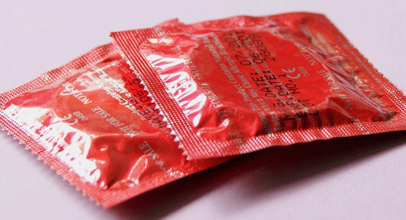 Estudio del Injuv afirma que 1 de cada 5 jóvenes reconoce que tendría sexo sin condón