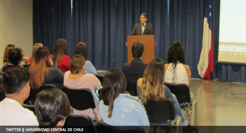 Escuela de Gobierno y Comunicaciones de la Universidad Central recibió a  nuevos estudiantes de Ciencia Política y Administración Pública