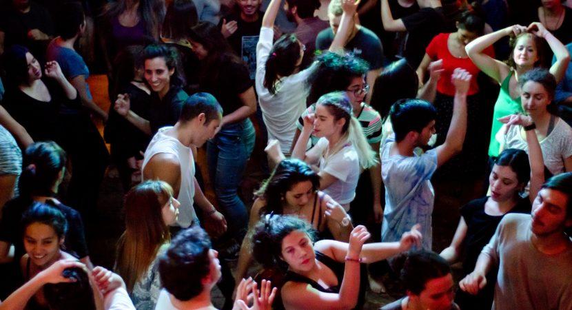 Organizadores de fiesta masiva Baila como Quieras entregaron detalles de la actividad que se realizará en el MAC