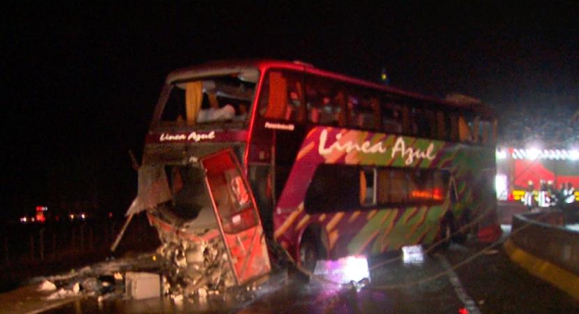 Nuevos detalles dieron a conocer que bus de Línea Azul se movilizaba a exceso de velocidad y con su patente adulterada
