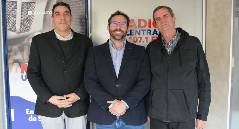 Gerente técnico de TCVAL compartió su experiencia trabajando en las operaciones del puerto de Valparaíso