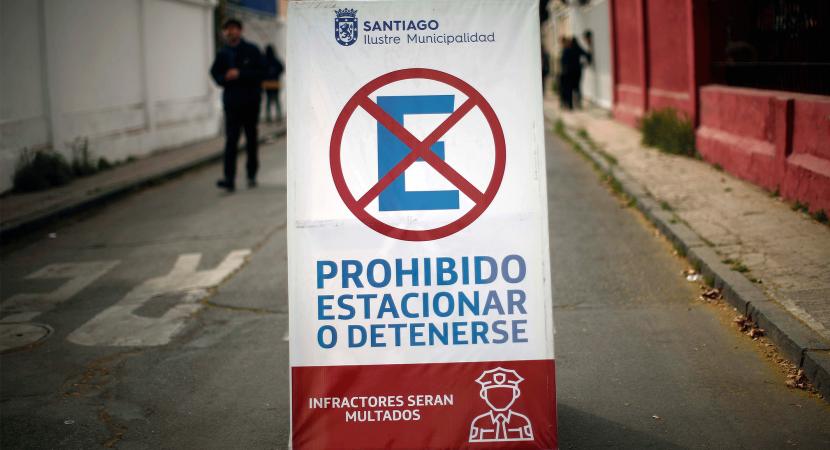 Municipalidad de Santiago comenzó empadronamiento de vecinos del Parque O'Higgins