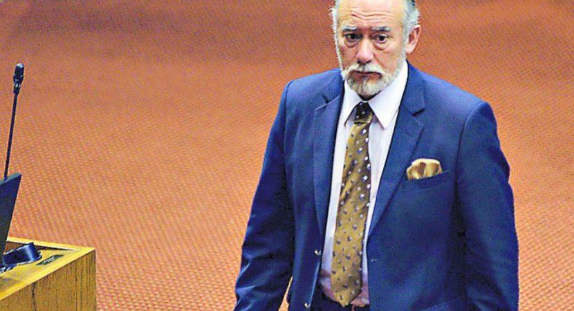 Presidente de la Cámara de Diputados Iván Flores destaca acuerdo por Nueva Constitución