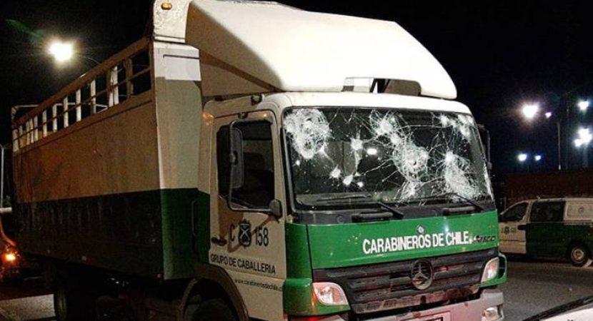 INDH se querellará por muerte de hincha de Colo Colo luego de ser atropellado por camión de Carabineros