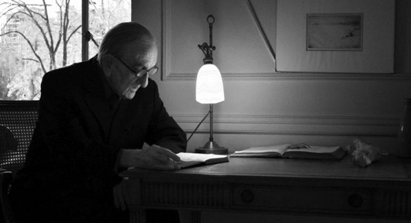 A los 86 años falleció el destacado poeta y abogado Armando Uribe