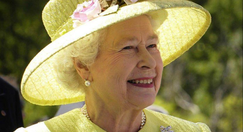 Reina Isabel da positivo a COVID-19 según informó el Palacio de Buckingham