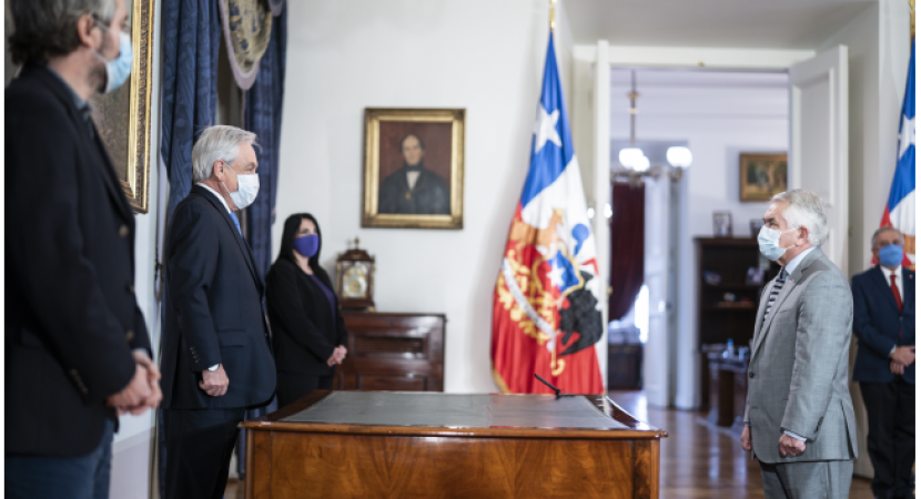 Enrique Paris asume como nuevo ministro de Salud luego de la salida de Jaime Mañalich
