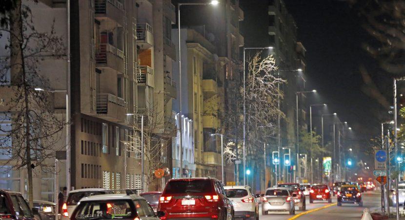 Aprueban mejoramiento de luminarias públicas para toda la comuna de Santiago