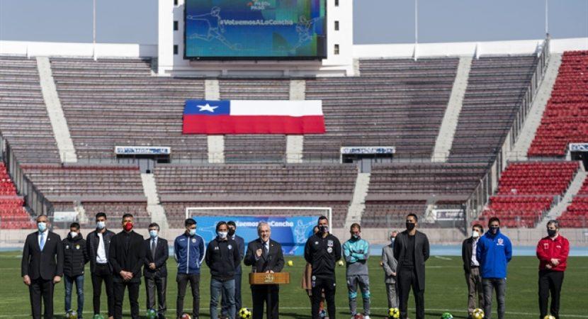 Autoridades anuncian retorno del fútbol profesional chileno