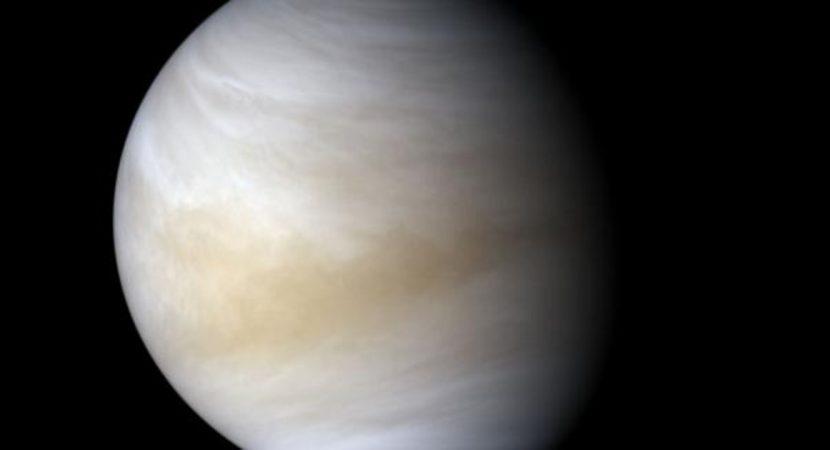 Administrador de la NASA recomienda apuntar las investigaciones hacia Venus y luego Marte