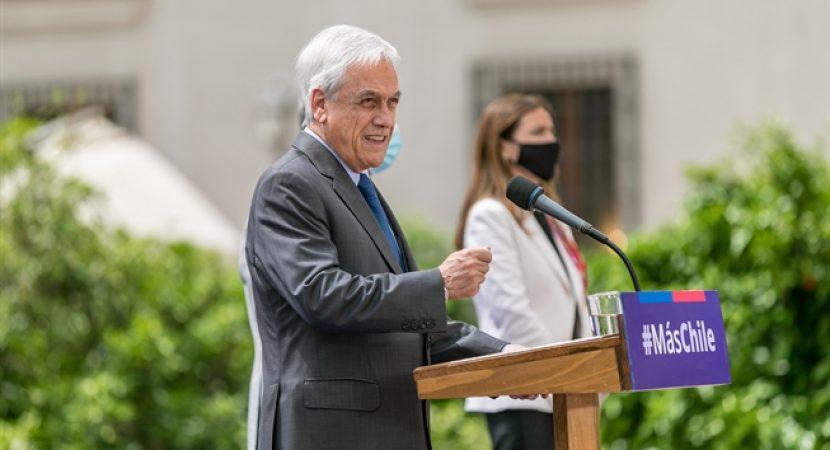 Presidente Sebastián Piñera anuncia reclamación internacional sobre territorio submarino entre Rapa Nui y el continente