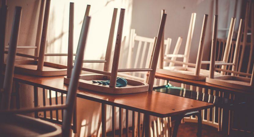 Mineduc trabajará con Unesco la posibilidad de un retorno paulatino a clases presenciales en colegios de Chile