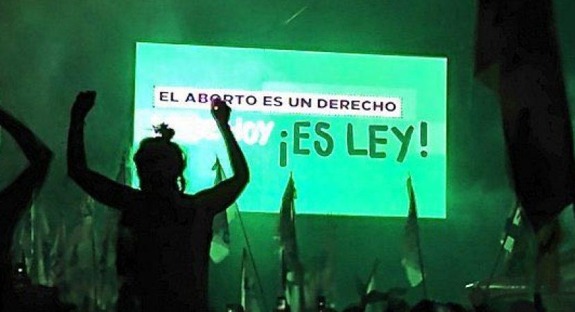 Argentina legaliza el aborto hasta la semana 14 de gestación