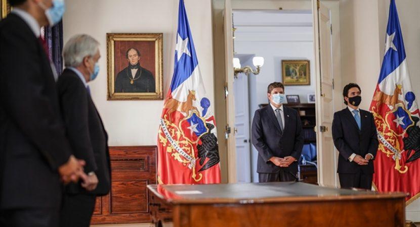 Ignacio Briones deja el Ministerio de Hacienda y no se descarta que inicie una carrera presidencial