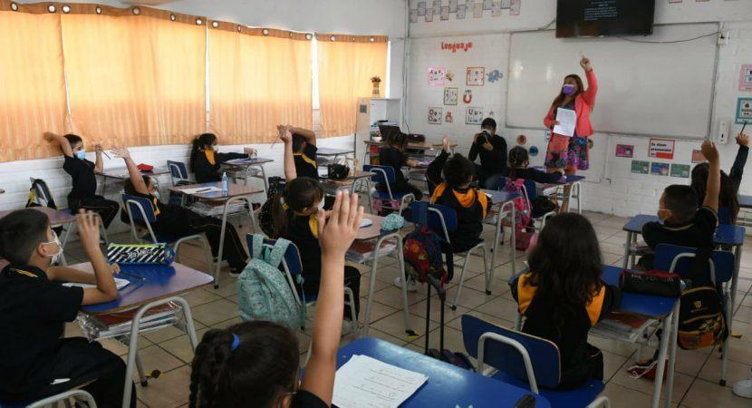 Comuna de Santiago comenzará el año escolar 2021 con clases remotas