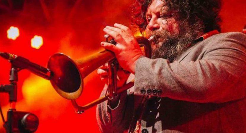 Tras luchar contra el Covid-19 fallece a los 48 años destacado trompetista chileno Cristián Cuturrufo