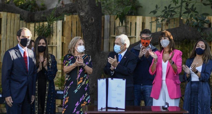 Presidente Sebastián Piñera anuncia proyecto de ley contra deudores de pensiones de alimentos