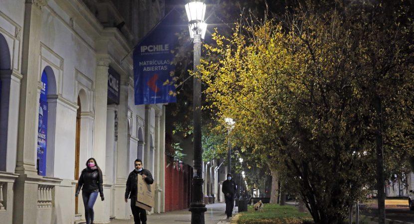 Avanza el plan de recambio de Alumbrado Público más de grande de los últimos 35 años en Santiago