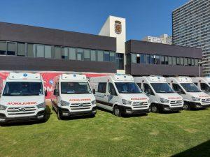 Gobierno Regional entrega 11 ambulancias al Servicio de Salud Metropolitano Central