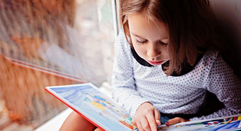 Investigación entrega luces sobre los componentes  esenciales para el aprendizaje de la lectura