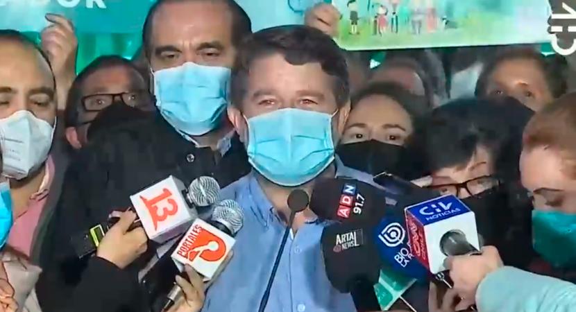 Claudio Orrego gana la segunda vuelta y se transforma en el nuevo gobernador de la Región Metropolitana